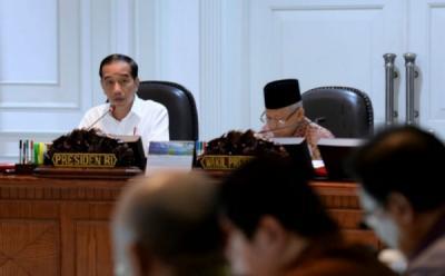 Pengarahan Jokowi soal Alutsista, Kurangi Impor dan Kembangkan Teknologi