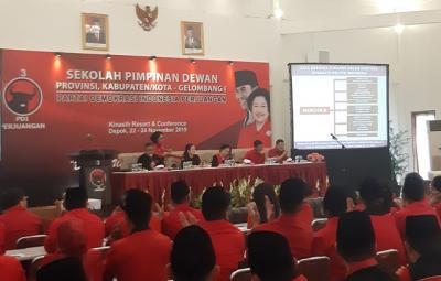 Ketum PDIP Megawati Buka Sekolah Partai di Depok