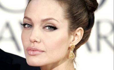 Angelina Jolie hingga Gigi Hadid, Artis Hollywood Pemilik Mata Terindah di Dunia