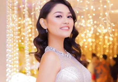 Pamerkan Batik saat Karantina Miss World, Princess Megonondo Tuai Pujian Netizen