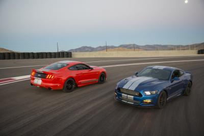 Sentuhan Caroll Shelby untuk Ford Demi Mengalahkan Ferrari