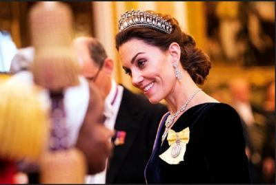Kenakan Tiara Berusia 105 Tahun Milik Lady Diana, Kate Middleton Tampil Memukau