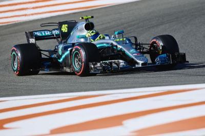 Rossi Ingin Jadi Rekan Setim Hamilton di F1 2021