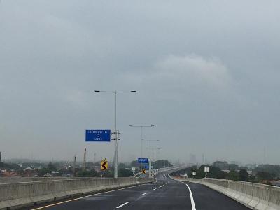 Tol Layang Jakarta-Cikampek Resmi Dibuka, Netizen: Benar Enggak Bergelombang?