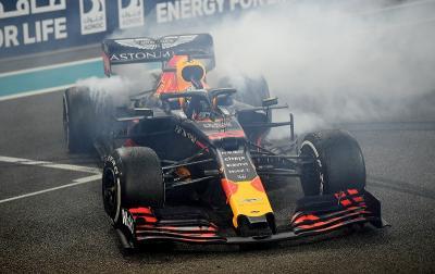 Bekerja Sama dengan Honda Jadi Alasan Verstappen Bertahan di Red Bull