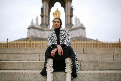 Kisah Model Muslim yang Bersinar di Dunia Fesyen Internasional