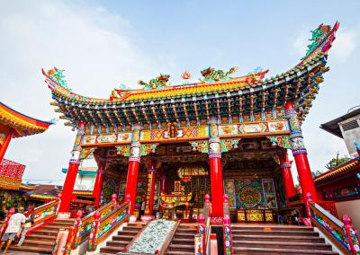 Berkunjung ke 5 Kelenteng Bersejarah di Indonesia, Ada yang Diimpor Langsung dari China