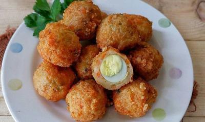 Bakso Udang Goreng Telur Puyuh untuk Makan Malam, Bikinnya Enggak Ruwet