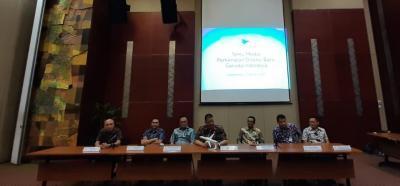 Irfan Setiaputra Bakal Kaji Ulang Anak dan Cucu Usaha Garuda Indonesia