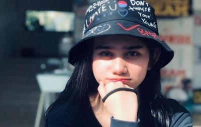 Jadi Pemeran Utama Film KKN Desa Penari, Potret Manis Tissa Biani Bikin Meleleh