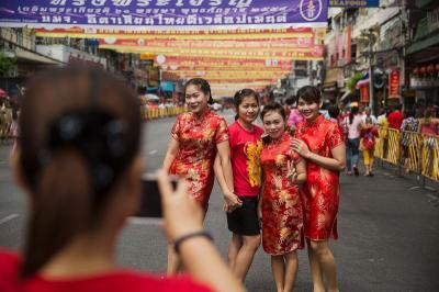 Alasan Baju Merah Banyak Dipakai saat Perayaan Tahun Baru Imlek