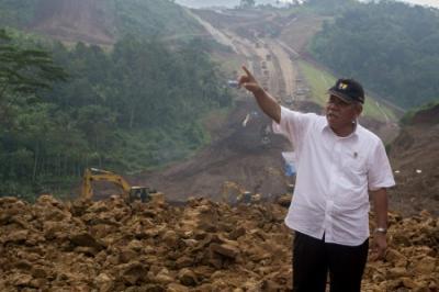 Menteri Basuki Siapkan Anggaran Rp250 miliar untuk Jaringan Jalan