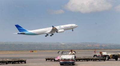 Sudah Tersentuh Virus Korona, Garuda Belum Berencana Stop Rute Penerbangan ke Singapura