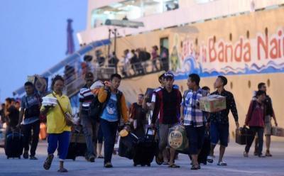 Cegah Virus Korona, Pemeriksaan Penumpang di Pelabuhan Diperketat