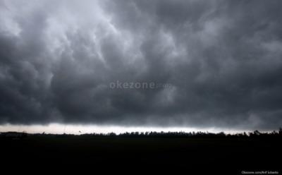 Berpotensi Diguyur Hujan Lebat, BMKG: Jakarta dan Jawa Barat Siaga Banjir