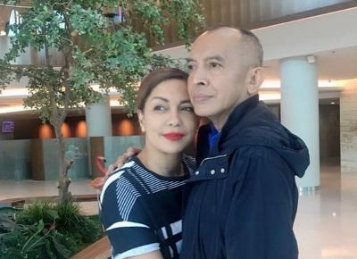 Kondisi Membaik, Ekki Soekarno Berdiri Tegak Sambil Peluk Soraya Haque