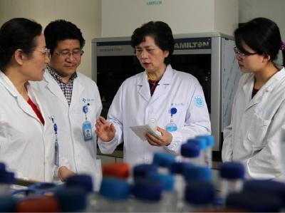 Peneliti Klaim Virus Korona Wuhan Bisa Mati dengan Alkohol dan Suhu Panas