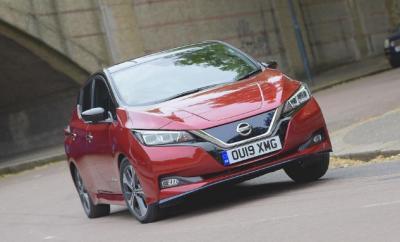 Nissan Sediakan 2.000 Nissan Leaf untuk Uber London