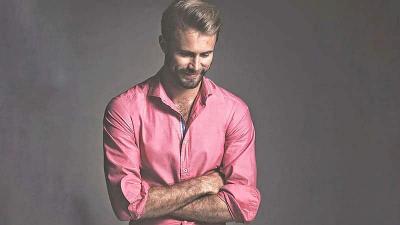 Valentine, Trik Padu-Padan Baju Pink untuk Pria Biar Tetap Keren