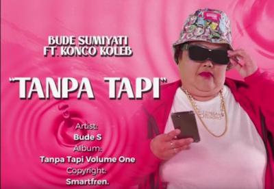 Yuk Joged Bareng Bude Sumiyati, Biar Bisa Viral!