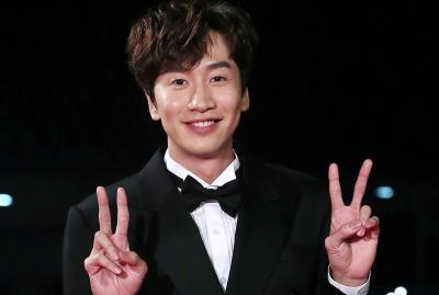 Ankle Retak usai Kecelakaan Mobil, Lee Kwang Soo Rehat dari Running Man