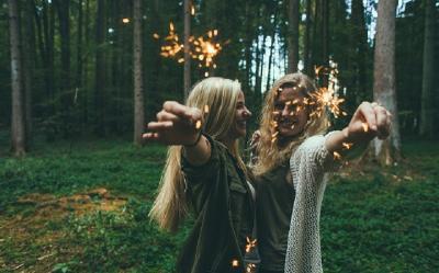 3 Jenis Teman yang Tak Layak Kamu Pertahankan