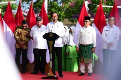 Presiden Jokowi Resmikan Madrasah yang Selesai Direnovasi di Pekanbaru