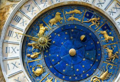 5 Zodiak yang Cenderung Ketagihan Media Sosial