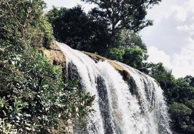 Sampang Kembangkan Destinasi Toroan, Air Terjun Jatuh Langsung ke Laut