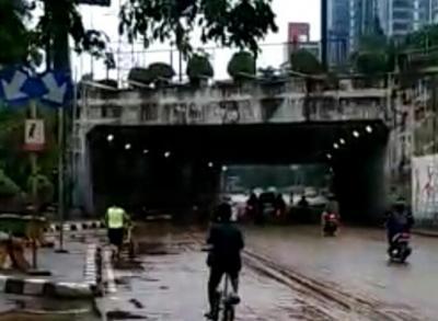 Ini Penyebab Banjir Rendam Underpass Tol Cawang