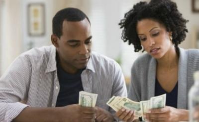 Waspadalah, Ini 5 Tanda Pacarmu Hanya Mengincar Uangmu