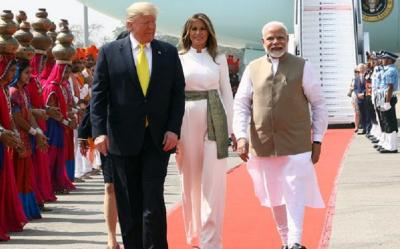 Kunjungi India, Melania dan Ivanka Trump Tampil Anggun dan Berkelas