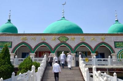 Ini Keutamaan Jalan Kaki ke Masjid untuk Salat Berjamaah