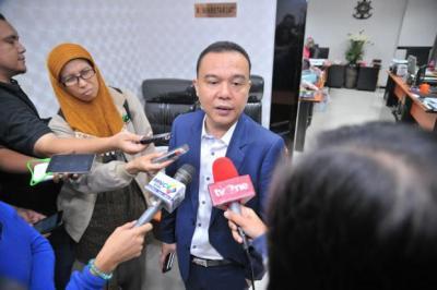 Pimpinan DPR Minta Kemendagri Bentuk Desk Korona