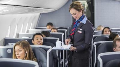 5 Perilaku Menyebalkan Penumpang Pesawat yang Bikin Pramugari Kesal