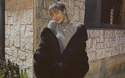 Senyum Manja Lisa BLACKPINK Padukan Outfit Kasual Bikin Gagal Fokus