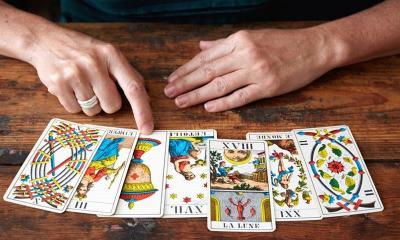 Konsultasi Tarot: Suami Saya Mulai Jarang Pulang