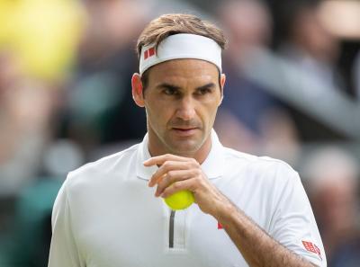Virus Corona Merebak, Federer Ingatkan Pentingnya Tetap Berada di Rumah