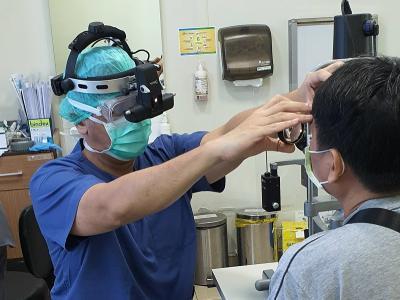 Cerita Dokter Riva, Harus Pakai APD Periksa Pasien di Tengah Pandemi COVID-19