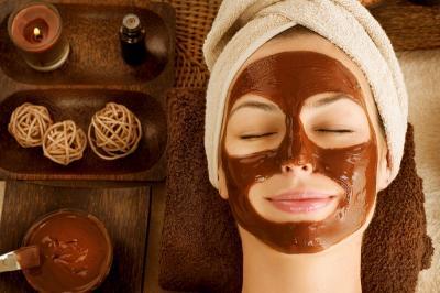 Treatment Masker Kopi Bikin Wajah Glowing Saat Kerja dari Rumah