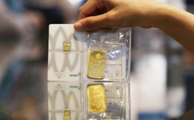 Emas Antam Turun Ceban Jadi Rp934.000 Gram