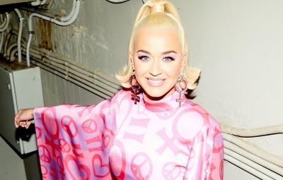 Katy Perry Umumkan Jenis Kelamin Anak Pertamanya