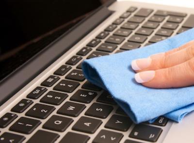 Tips Bersihkan Laptop saat Work From Home
