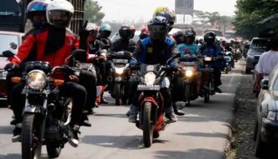 Pandemi COVID-19, Ini Perlengkapan Wajib untuk Pengendara Sepeda Motor