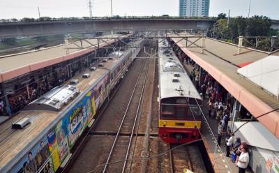 Penumpang KRL Bogor-Jakarta Terpantau Sepi Pagi Hari Ini