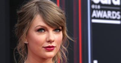 Taylor Swift dan Adiknya Diduga Bikin Band Palsu