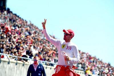 Ricciardo: Vettel Masih Lapar dan Kompetitif untuk Balapan di F1