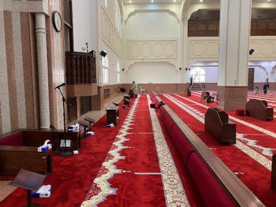 Ulama Arab Saudi Larang Orang Berpotensi Tularkan Covid-19 ke Masjid