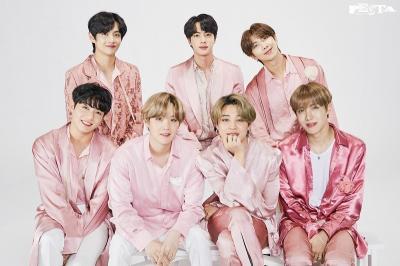 BTS Rilis 'Foto Keluarga' Terbaru untuk Rayakan Ultah ke-7