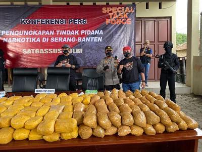 Polisi Ungkap Penyelundupan 1,2 Ton Sabu Selama Dua Pekan